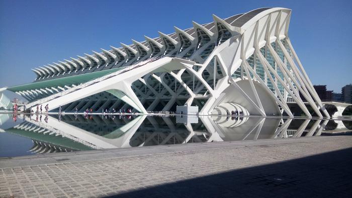 Stadt der Künste und WIssenschaften Oceanografic Aquarium in Valencia, Architektur Highlight beim Städtetripp