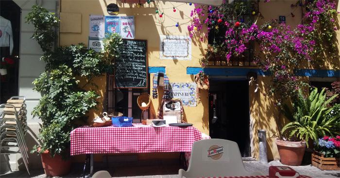 Restaurant Taperia mit Mittagsangebot, Fisch und Fleisch in Valencia zum Mittag