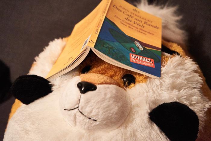 Freddy mit Buch