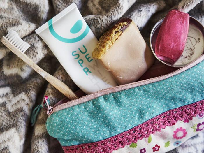 Nachhaltikkeit im Alltag Kosmetik und Badezimmer plastikfrei