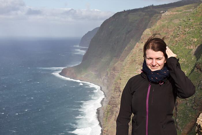 Madeira Sehenswürdigkeiten Silvia im Wind