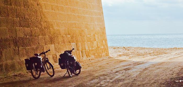 Packliste Radreise Fahrradtour Räder im Tunnel