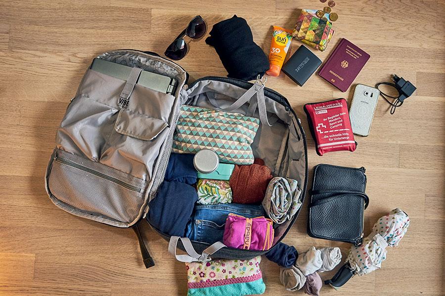 packliste städtereise rucksack