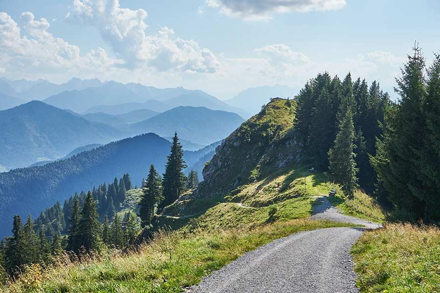 Kiesweg am Brauneck