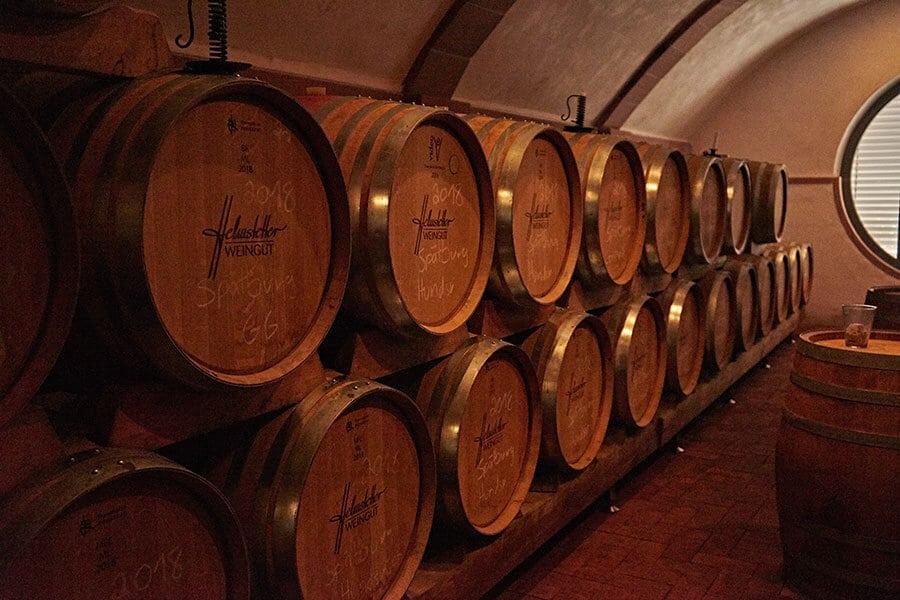Rotweinkeller in Churfranken vom Weingut Helmstätter