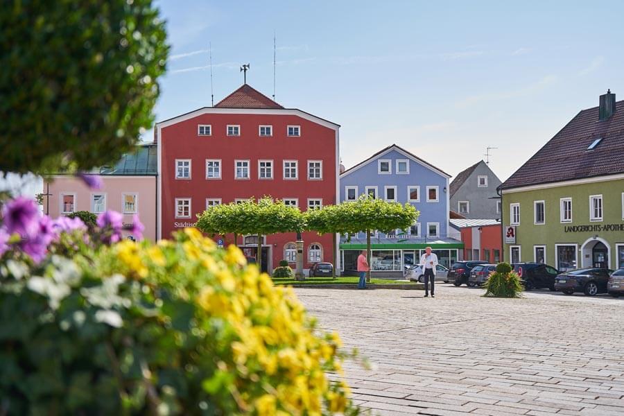 Wandern in Bad Griesbach mit Stadtplatz