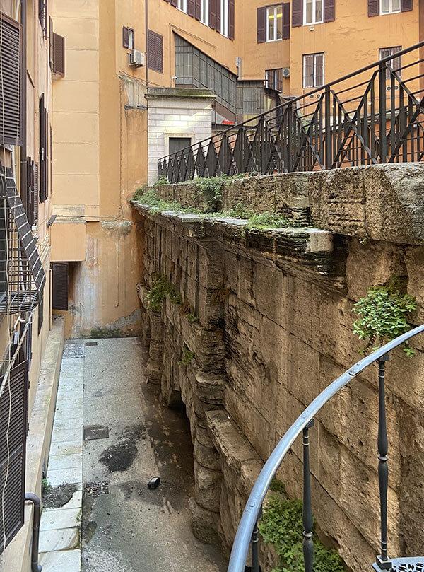 Aquädukt an der spanischen Treppe