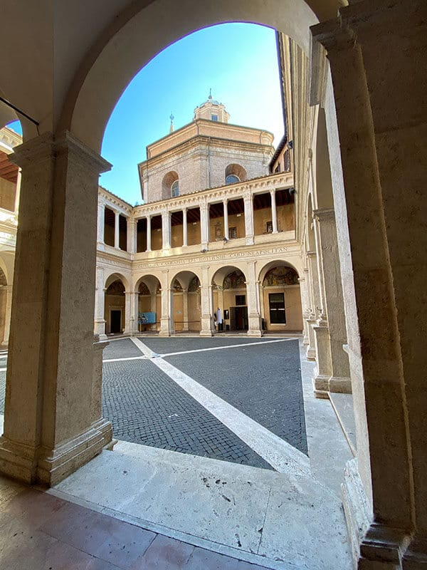 Innenhof Kloster Bramante
