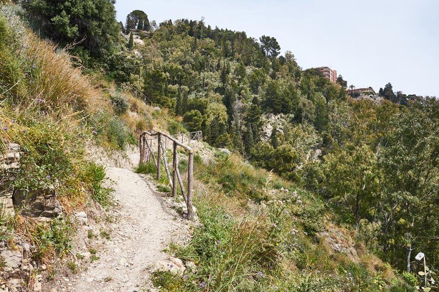 Wanderweg Sizilien als Abenteuer beim alleine reisen