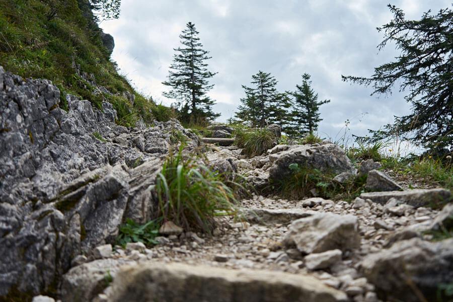 Weg im Gebirge